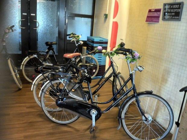O hostel aluga bicicletas para as hóspedes