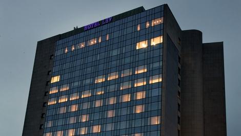 Fachada do hotel Lev
