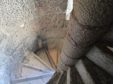 Escada interior da torre: e é mão dupla!
