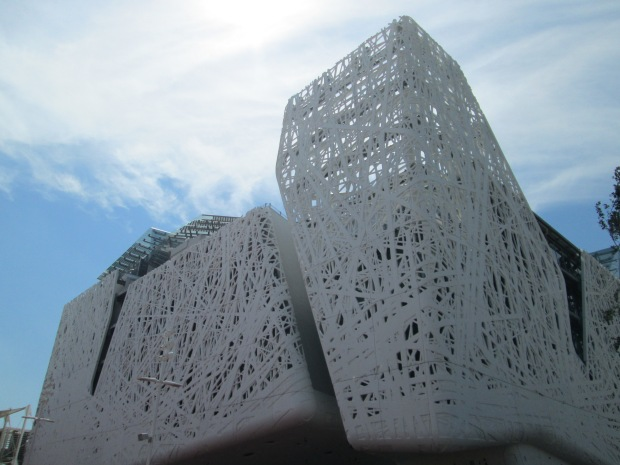 O pallazo Italia é a construção principal do pavilhão Itália
