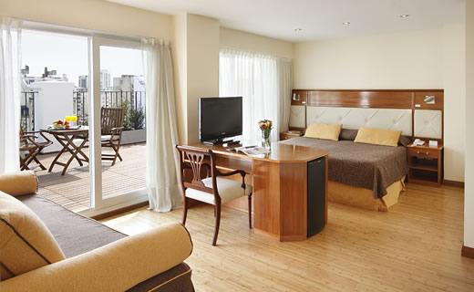 hotel embajador quarto