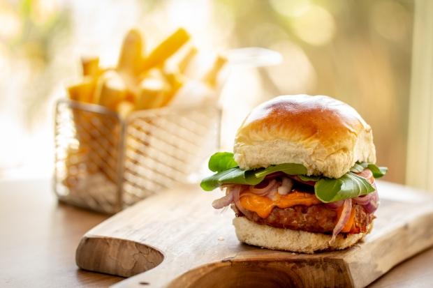 Accor_hamburguer de linguica toscana